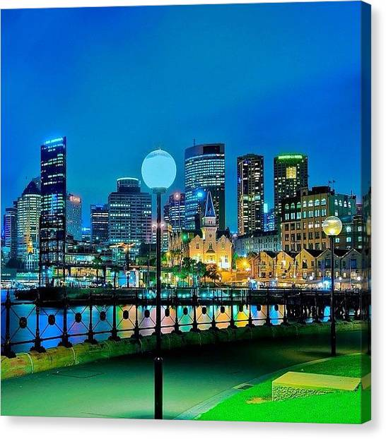Instago Canvas Print - #australiagram #au_nz_hotshots by Tommy Tjahjono