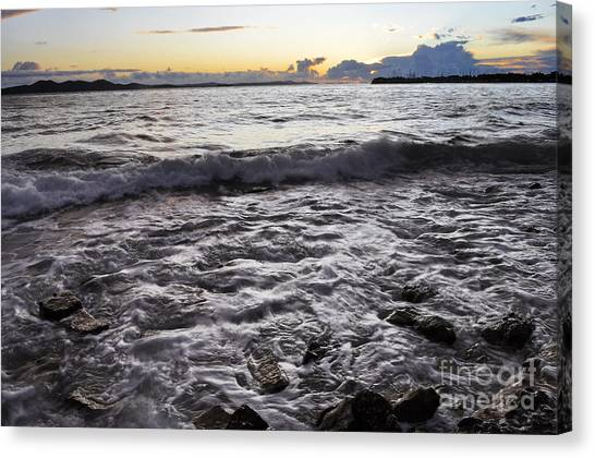 Backwash Canvas Print by Roberto Bettacchi