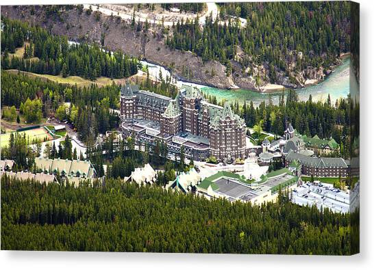 Banff Hotel 1575 Canvas Print by Larry Roberson