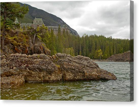 Banff Hotel 1762 Canvas Print by Larry Roberson