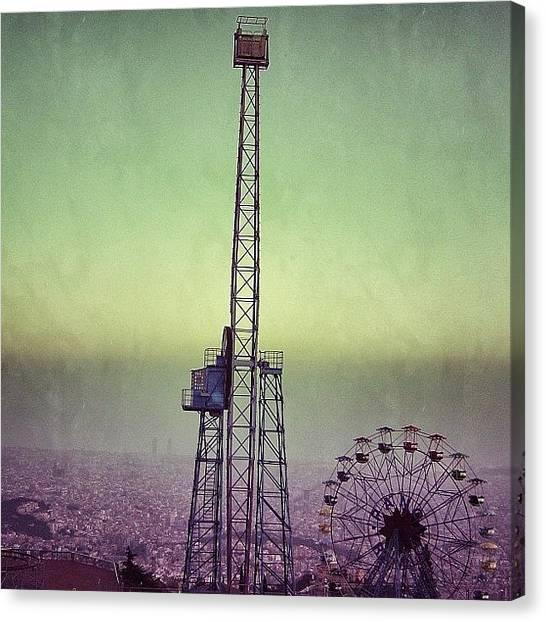 Retro Canvas Print - Barcelona - Tibidabo by Joel Lopez