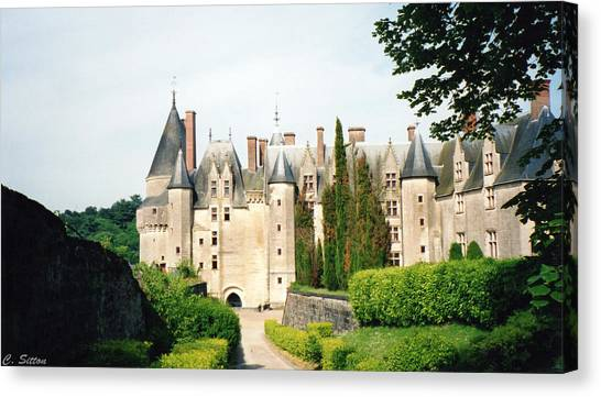 Beautiful Chambord Castle Canvas Print