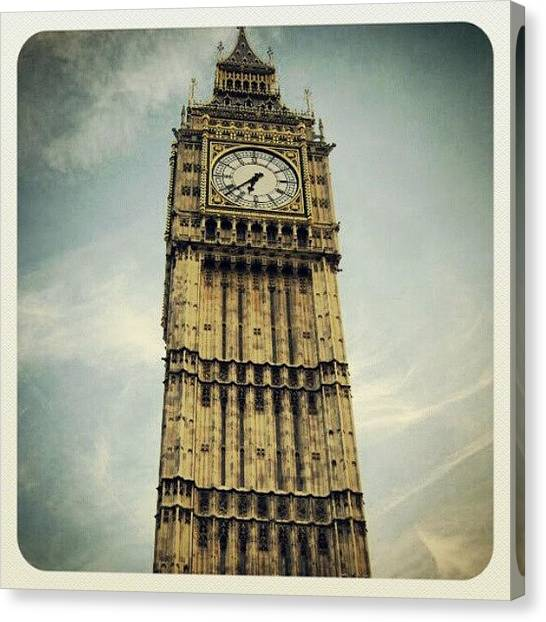 Big Ben Canvas Print - Big Ben -london by Lottie H