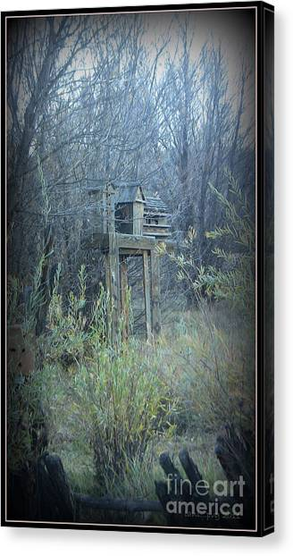 Bird's Haven In The Fall Canvas Print