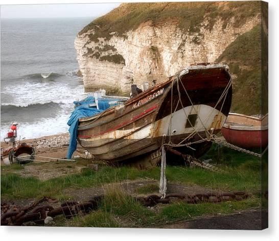 Boats At Thornwick Bay Canvas Print