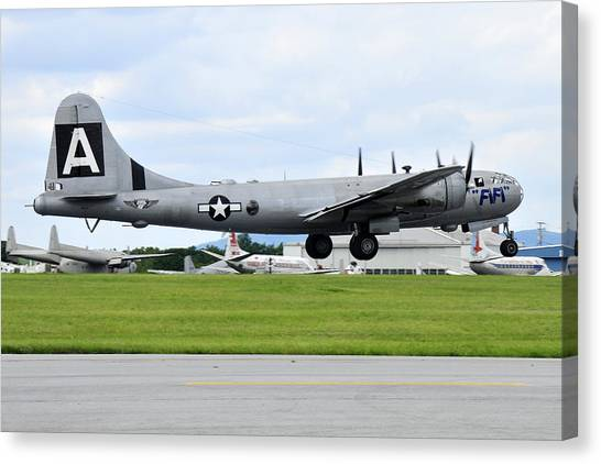 Boeing B-29 Superfortress Canvas Print by Dan Myers