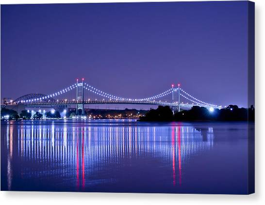 Tri-borough Bridge In Nyc Canvas Print