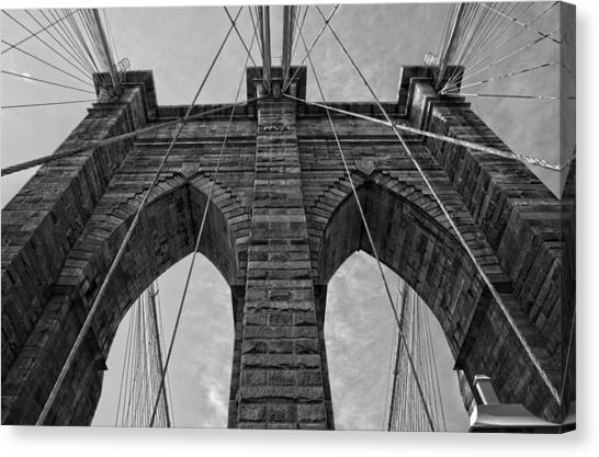 Brooklyn Bridge Bw Canvas Print
