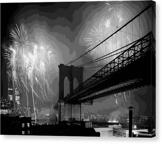 Brooklyn Bridge Fireworks Bw16 Canvas Print