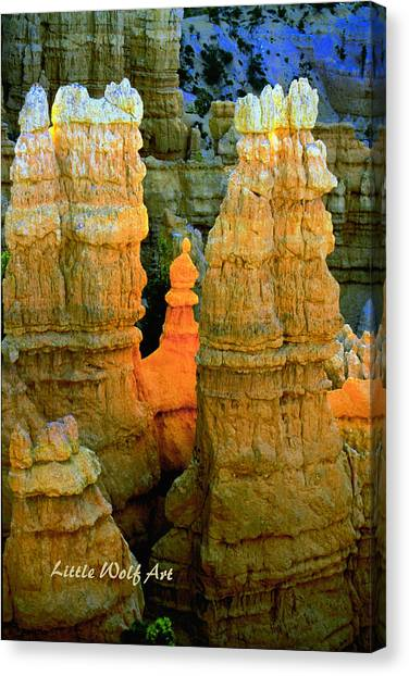 Bryce Canyon Hoodoos With Logo Canvas Print