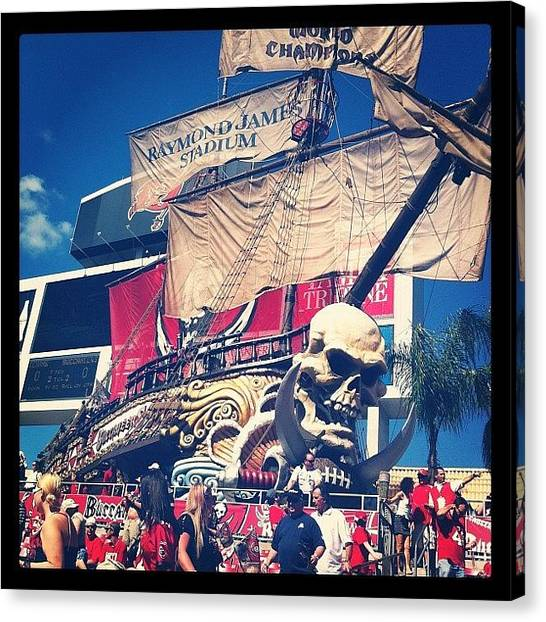 Tampa Bay Buccaneers Canvas Print - Buccs Game. by Jordan Roberts
