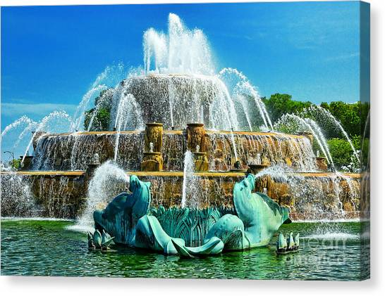 Buckingham Fountain - Chicago Canvas Print by JH Photo Service