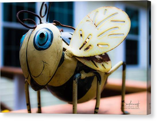 Bumble Bee Of Happiness Metal Sculpture Canvas Print