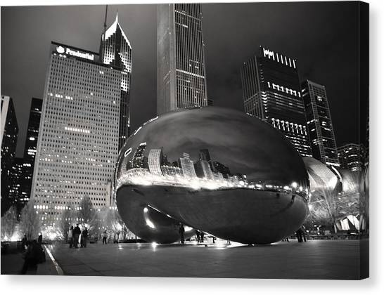 Bw Cloud Gate At Night Canvas Print by Jarvis Chau