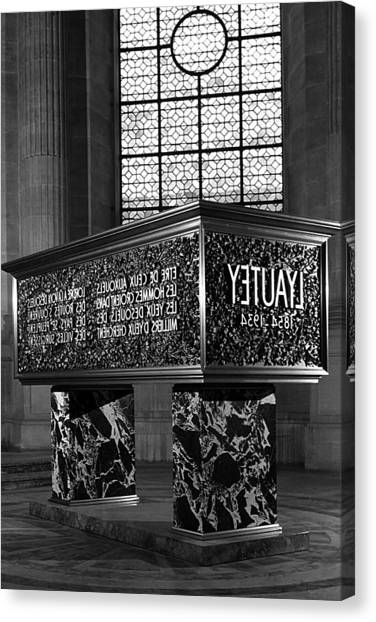 Bw France Paris Marshal's Lyautey Tomb 1970s Canvas Print by Issame Saidi