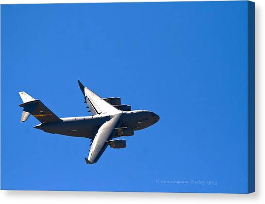 C-17 Turning Right Canvas Print
