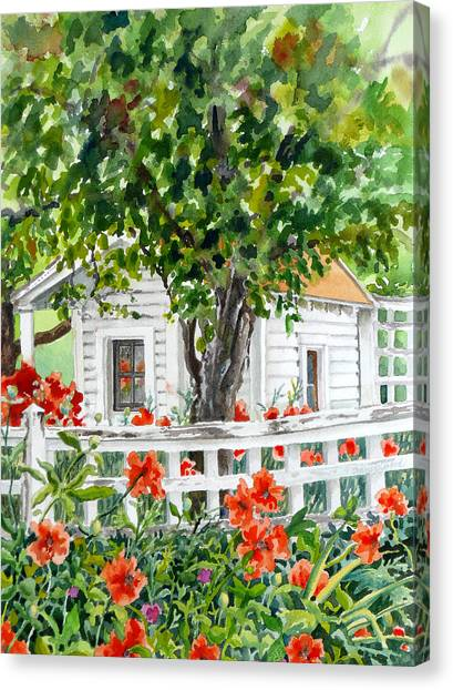 White House Canvas Print - Cabin At Long's Gardens by Anne Gifford