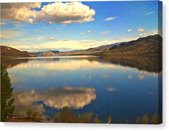 Canadian Lake 1437 Canvas Print by Larry Roberson