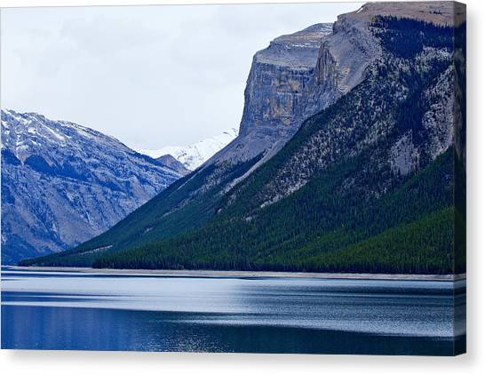 Canadian Lake 1726 Canvas Print by Larry Roberson