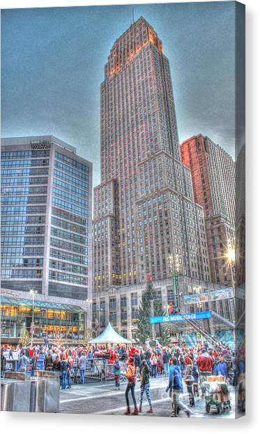 Carew Tower From Fountain Square Canvas Print