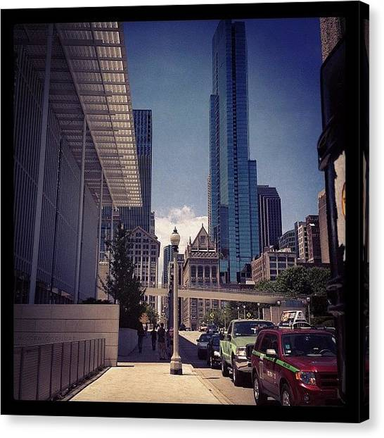 University Of Illinois Canvas Print - Chicago City by Kristin Walsh