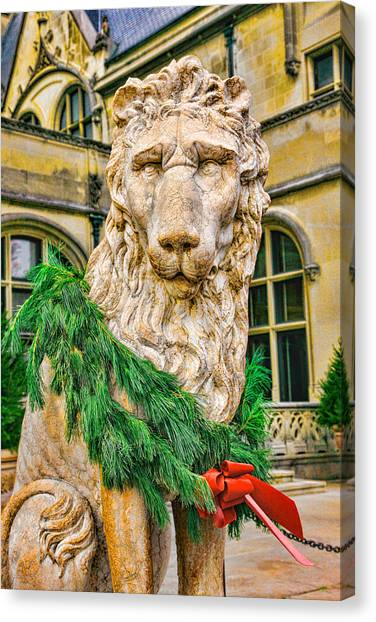 Christmas Lion At Biltmore Canvas Print