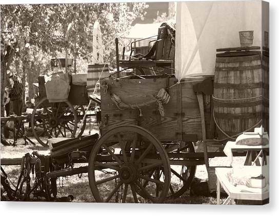 Chuckwagon Canvas Print by Toni Hopper