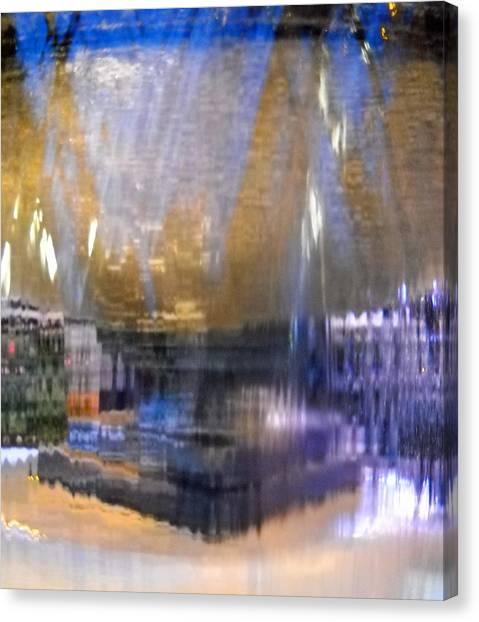 City Fountain  Canvas Print by Duwayne Washington