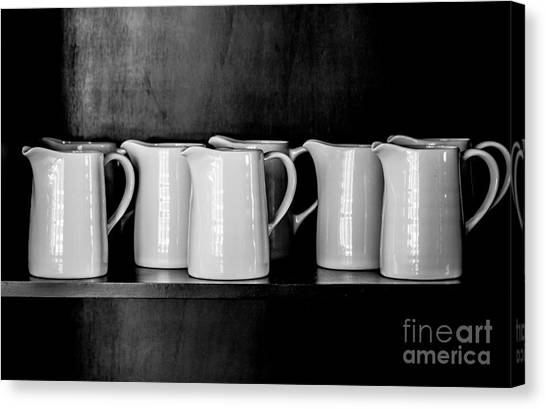 Clean White No.4 Canvas Print by Chavalit Kamolthamanon