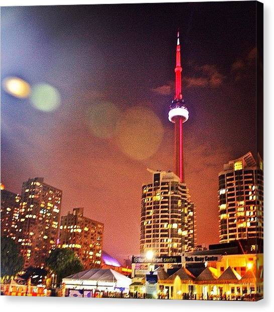 Toronto Skyline Canvas Print - Cn Tower by Krystle Pagkalinawan