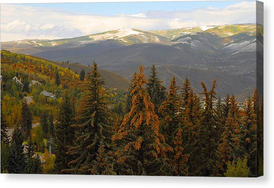 Colorada Mountains Canvas Print