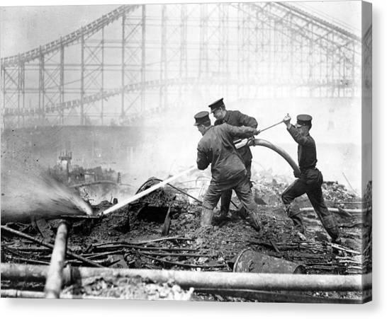 Coney Island, The Dreamland Fire, Men Canvas Print by Everett