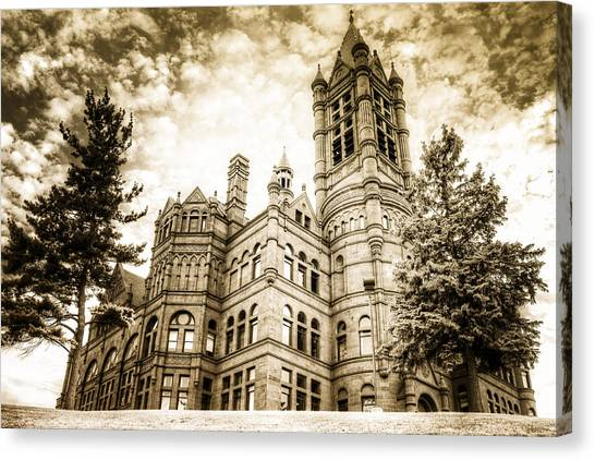 Syracuse University Canvas Print - Crouse Building At Syracuse In Gold by Vicki Jauron