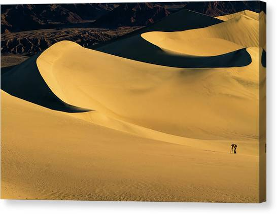 Death Valley And Photographer In Morning Sun Canvas Print