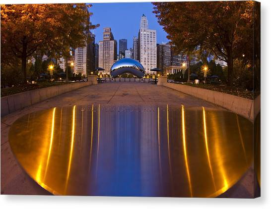 down the aisle toward Cloudgate Canvas Print