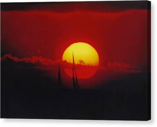Downwind To Kauai Canvas Print