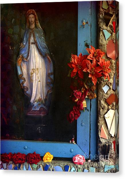 East La Mary Canvas Print by Lawrence Costales