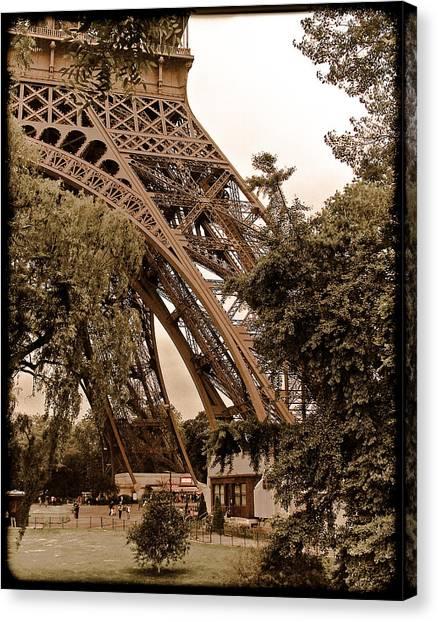 Paris, France - Eiffel Canvas Print