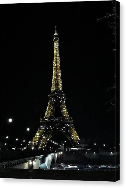 Eiffel Tower - Paris Canvas Print