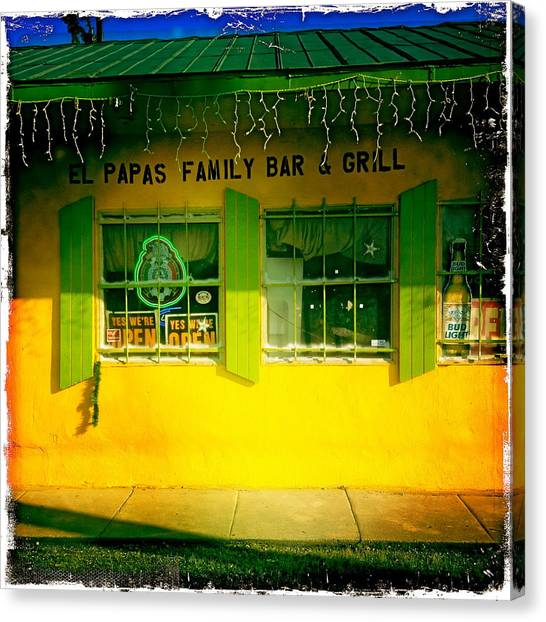 El Papas Family Bar And Grill Canvas Print