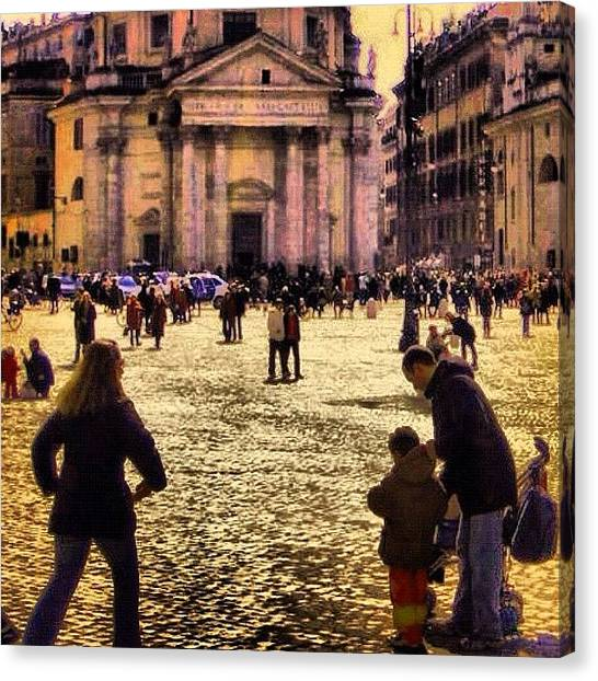 Rome Canvas Print - Encuentros by Juan Jose Rastrollo Torres