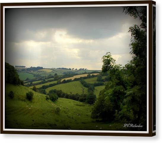 English Countryside Canvas Print