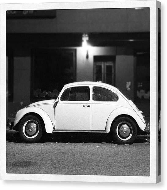 Volkswagen Canvas Print - Escarablanco by Diego Jolodenco