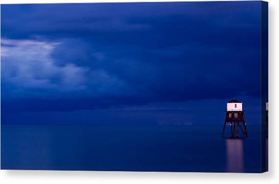 Faro Canvas Print by Guillermo Luengas