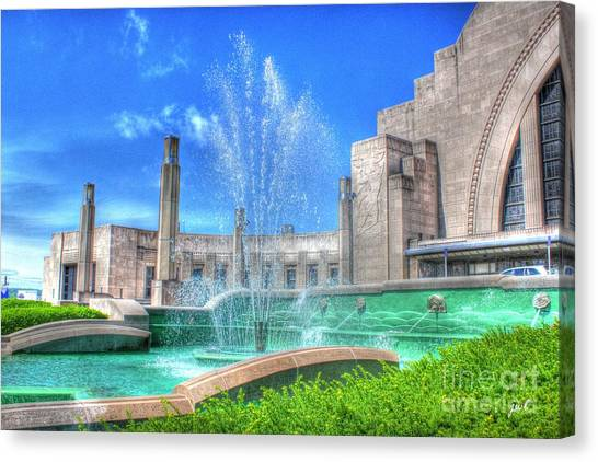 Fountain At The Museum  Canvas Print