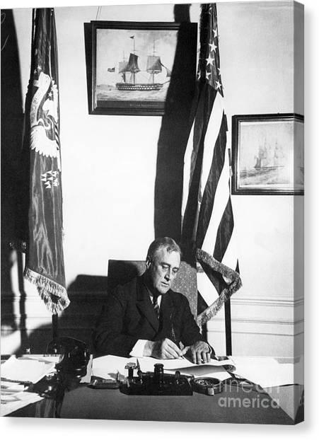 Franklin D. Roosevelt Canvas Print - Franklin D. Roosevelt, 32nd American by Omikron