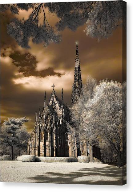 Garden City Cathedral Canvas Print