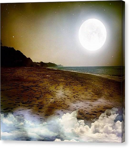 Australian Canvas Print - Good Night by Mehmet Kali