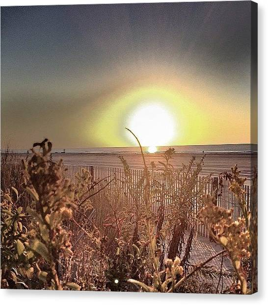 Beach Sunrises Canvas Print - #goodmorning #atlanticcity #beach by Pete Tountas
