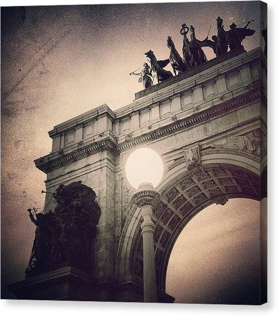 Greek Art Canvas Print - Grand Army Plaza Arch -  Brooklyn Ny by Joel Lopez